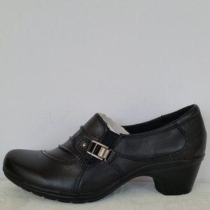 EARTH ORIGINS Roxanne Leather Slip-On Loafers